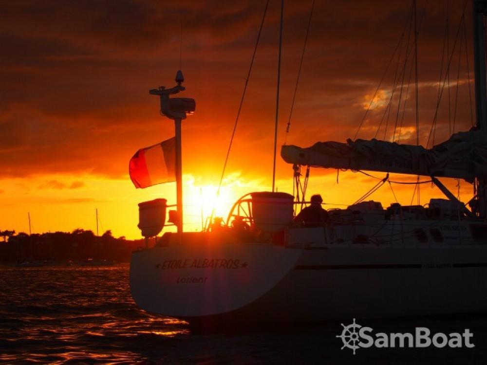 Louer Voilier avec ou sans skipper Devonport-Yachts-Ltd à Lorient