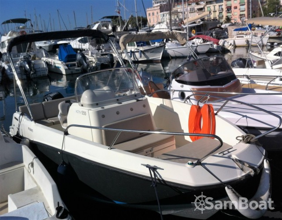 Boat rental Quicksilver Activ 555 Open in Cannes on Samboat