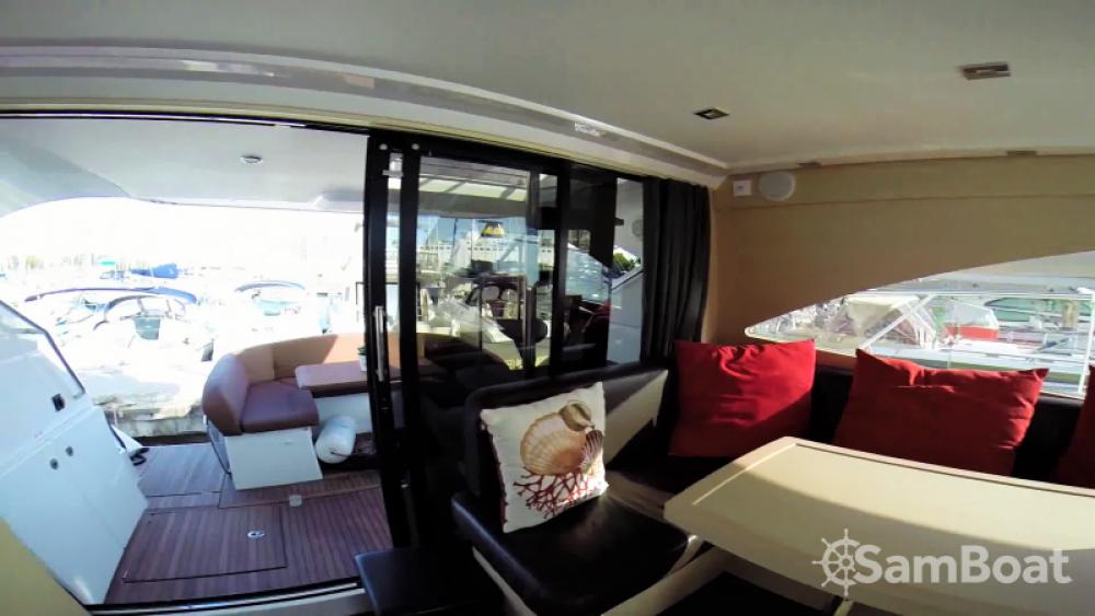 Motorboot mieten in Saint-Tropez zum besten Preis