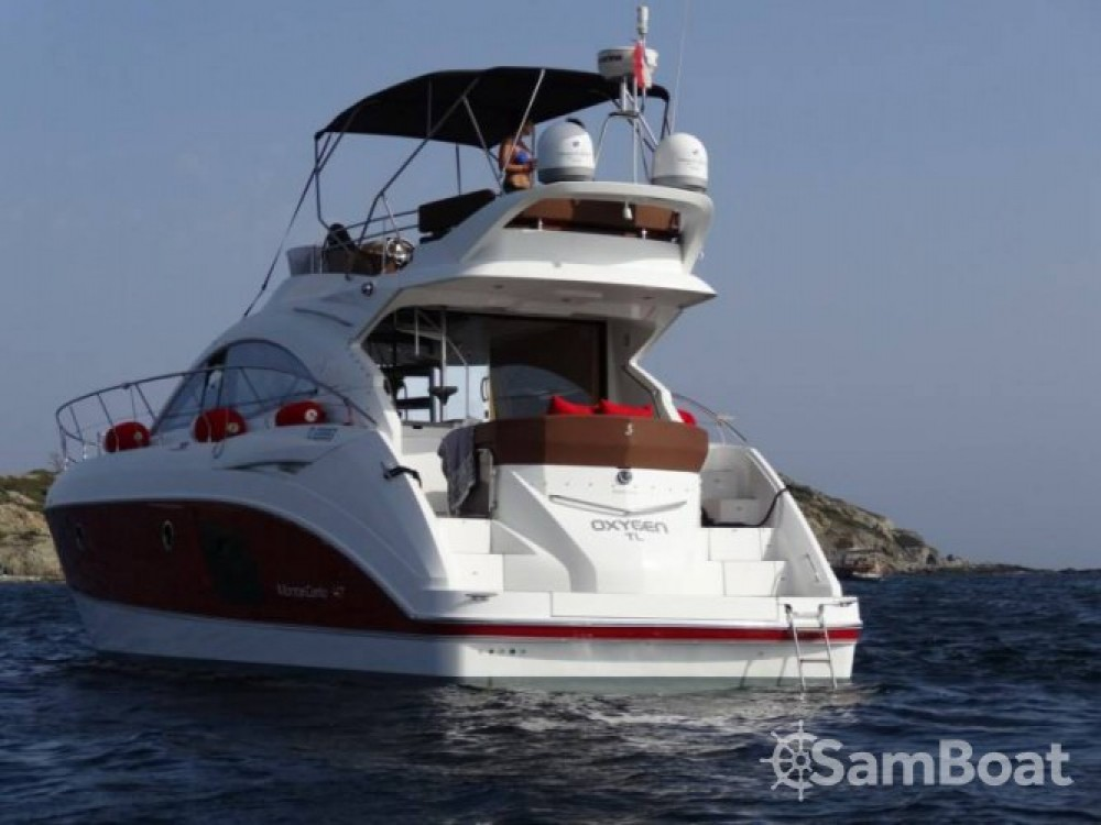Bénéteau Monte Carlo 47 Fly between personal and professional Saint-Tropez