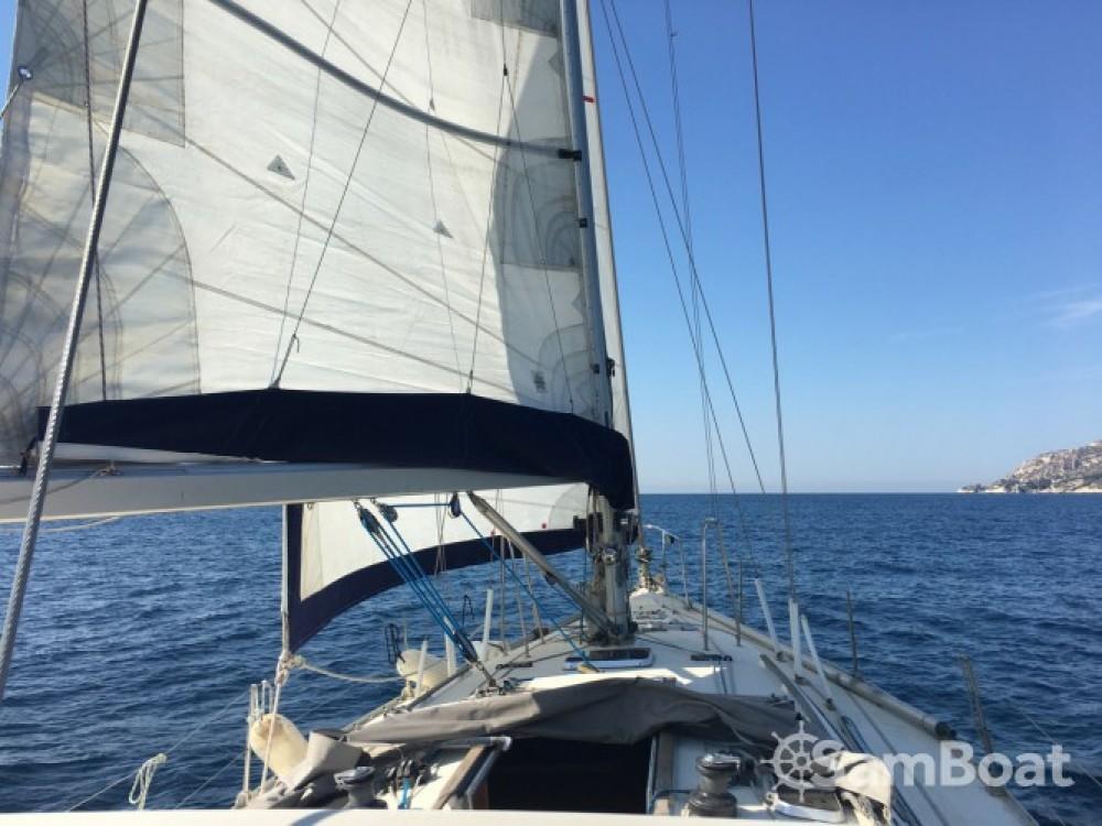 Louer Voilier avec ou sans skipper Jeanneau à Gruissan