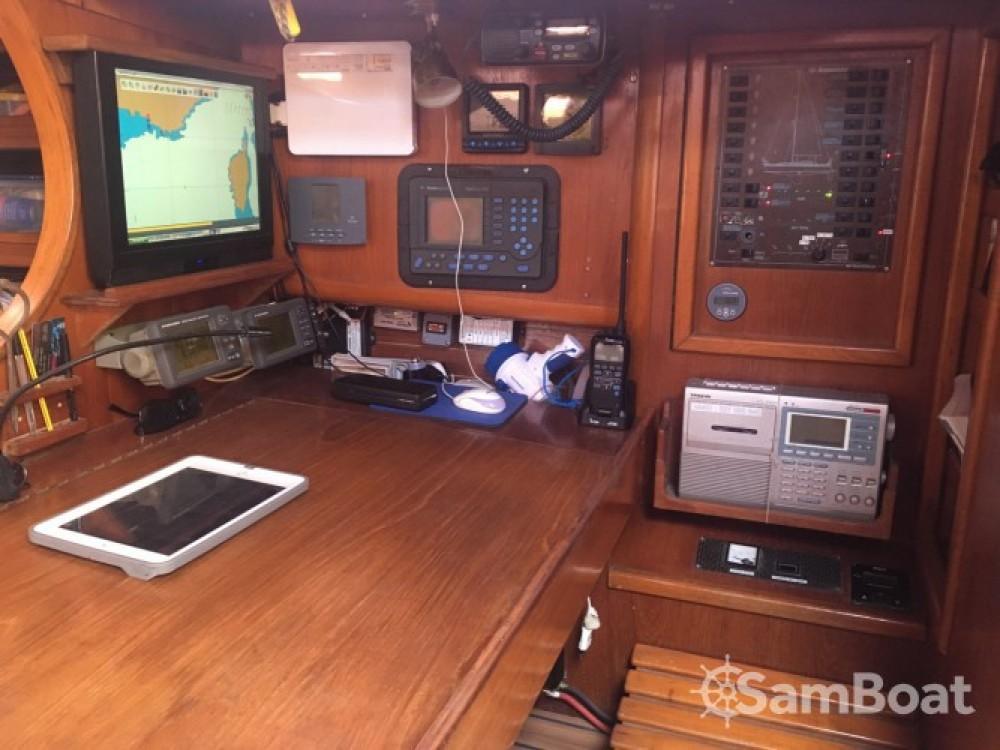 Location bateau Gruissan pas cher Sun Legend 41