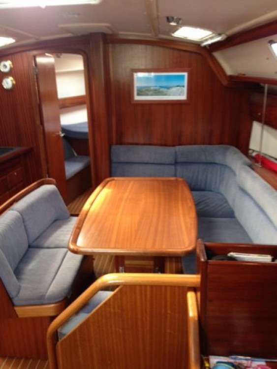 Boat rental Bavaria Bavaria 40 in La Rochelle on Samboat