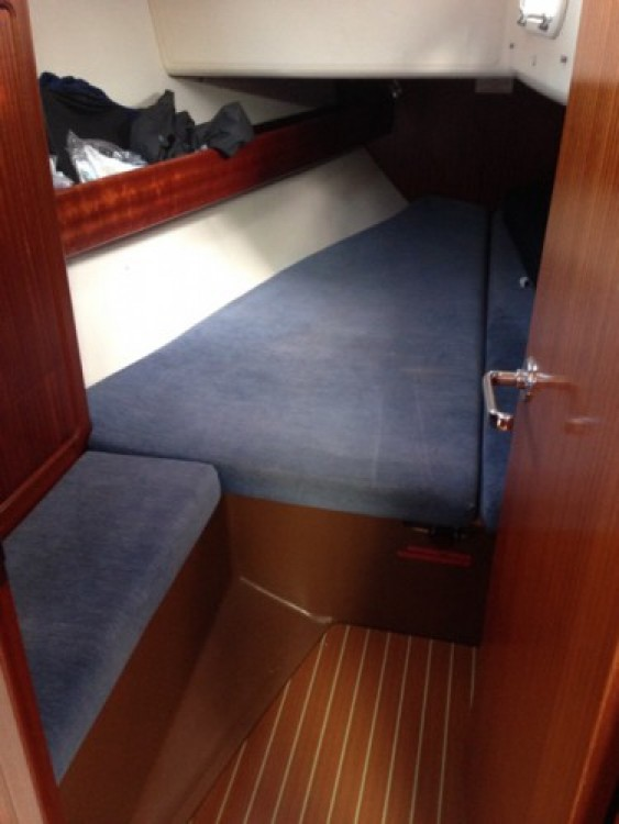 Hire Sailboat with or without skipper Bavaria La Rochelle