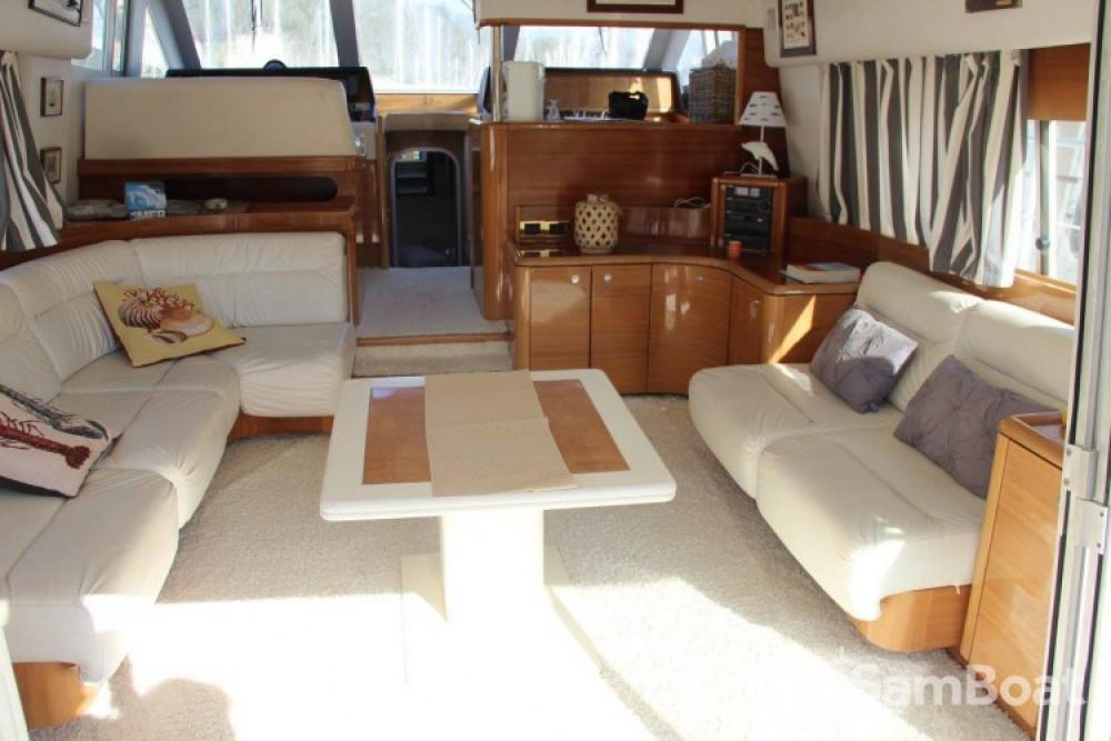 Motorboot mit oder ohne Skipper Guy Couach mieten in Porto-Vecchio