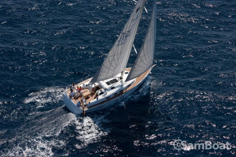 Rent a Bavaria Cruiser 45 Sukošan