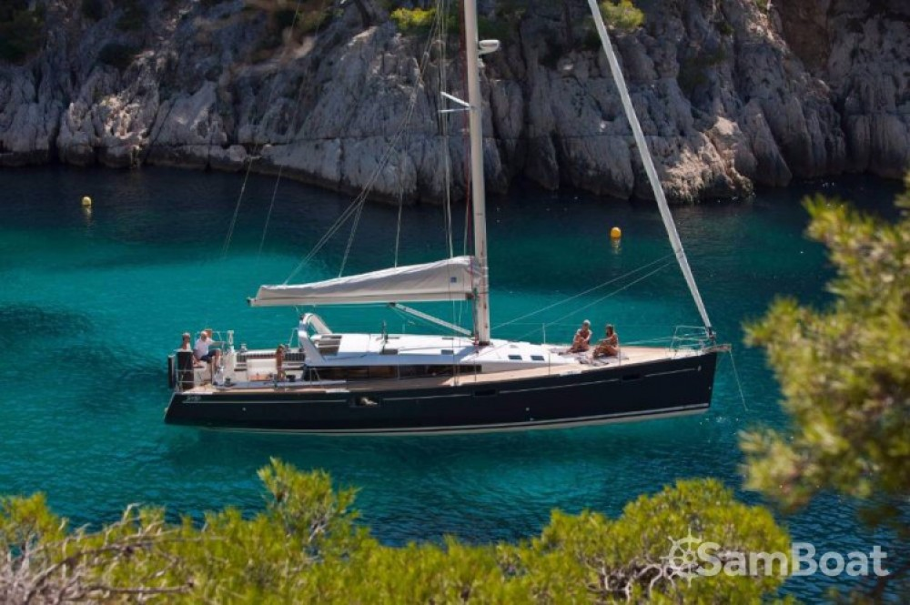 Alquiler de yate Lávrio - Bénéteau Sense 50 en SamBoat