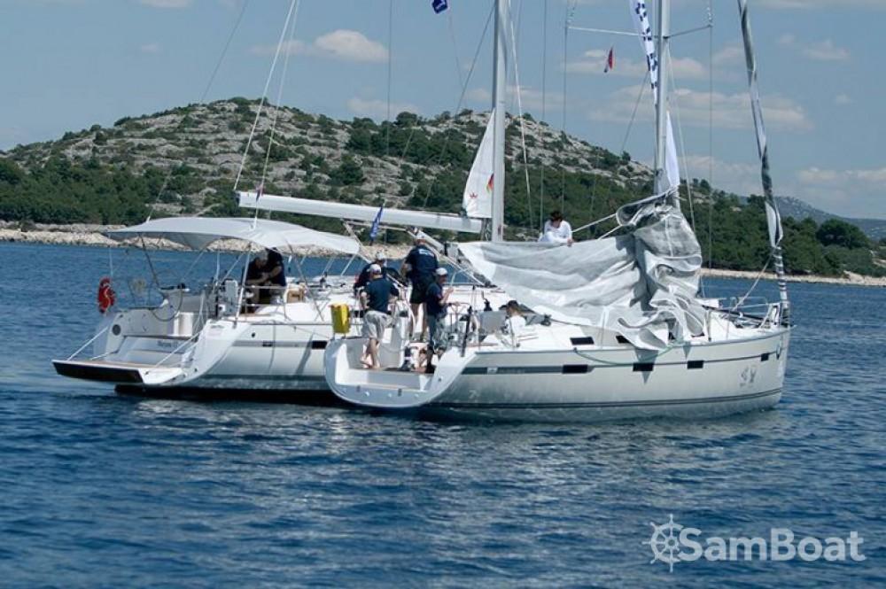 Boat rental Jezera cheap R40
