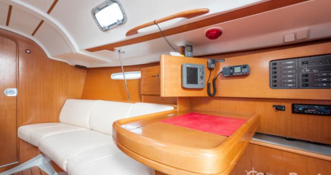 Location yacht à Brest - Bénéteau First 31.7 sur SamBoat