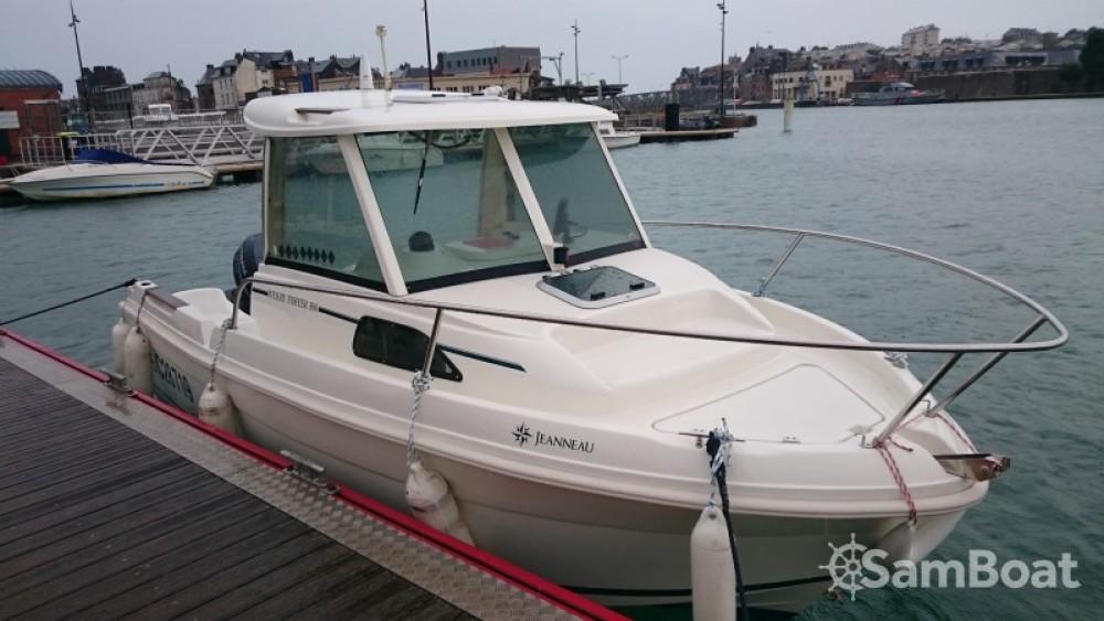 Louer Bateau à moteur avec ou sans skipper Jeanneau à Dieppe