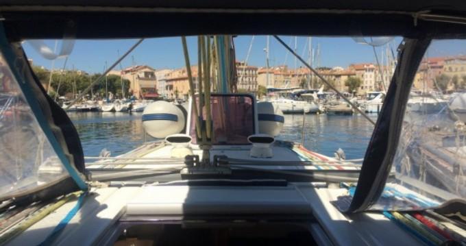 Poncin Yachts Harmony 38 entre particuliers et professionnel à La Grande-Motte