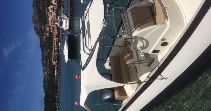 Location bateau Porto Cervo pas cher Smeralda 300