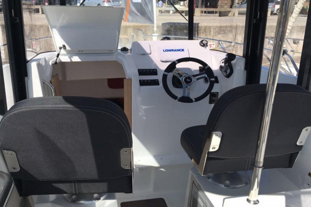 Location bateau Bénéteau Barracuda 7 à Port Olímpic sur Samboat