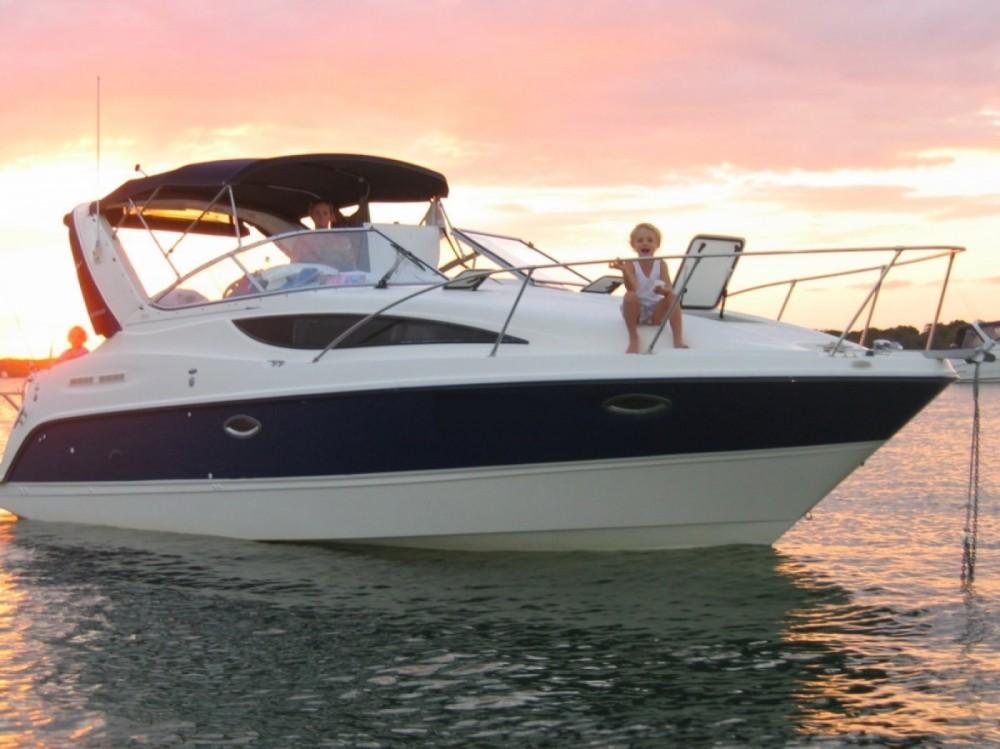 Rental yacht Split - Bayliner Ciera 285 on SamBoat