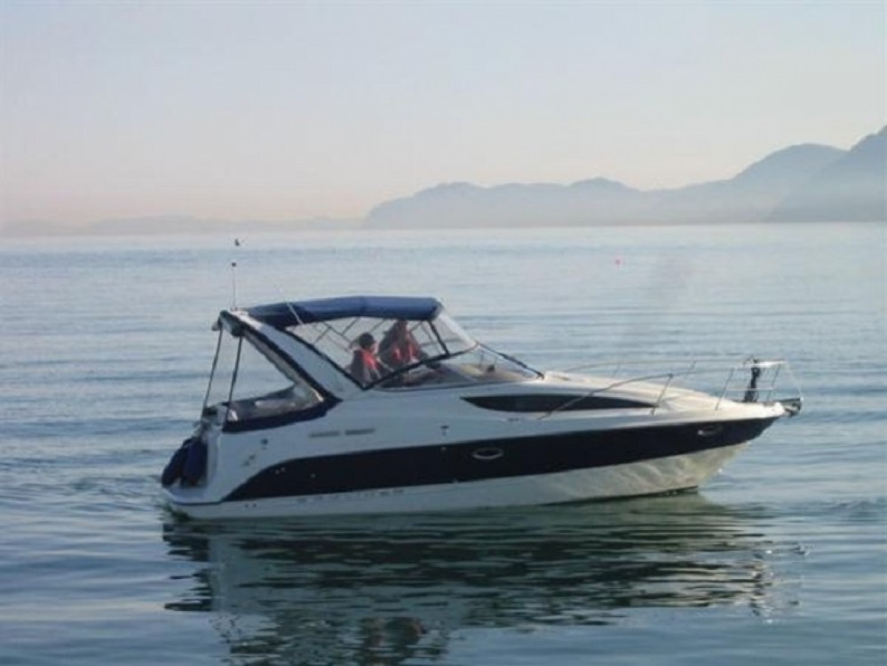 Boat rental Bayliner Ciera 285 in Split on Samboat