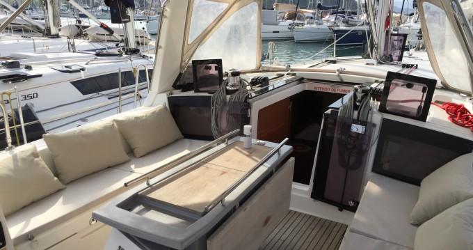Location bateau Saint-Mandrier-sur-Mer pas cher Oceanis 41