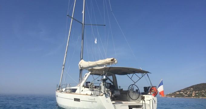 Location yacht à Saint-Mandrier-sur-Mer - Bénéteau Oceanis 41 sur SamBoat