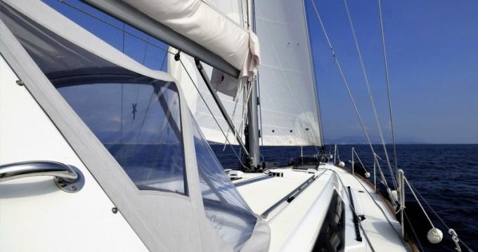 Louer Voilier avec ou sans skipper Bénéteau à Cannes