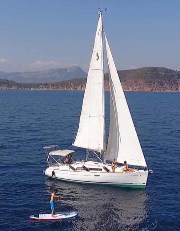Location yacht à Toulon - Bénéteau Oceanis 34 Elegance sur SamBoat
