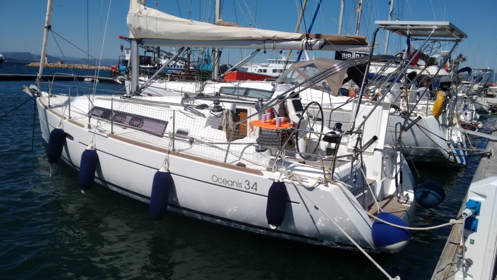 Louez un Bénéteau Oceanis 34 Elegance à Toulon