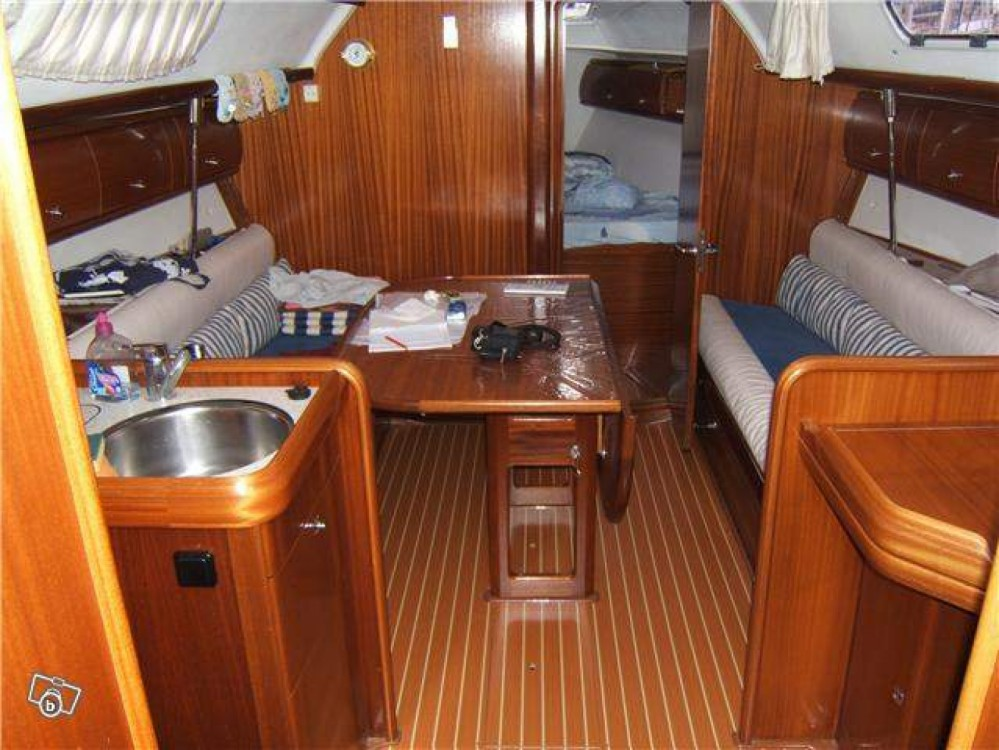 Bavaria Cruiser 32 between personal and professional Saint-Mandrier-sur-Mer