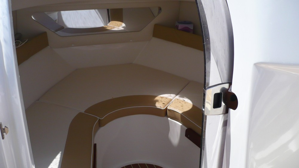 Boat rental Quicksilver Activ 555 Cabin in Argelès-sur-Mer on Samboat
