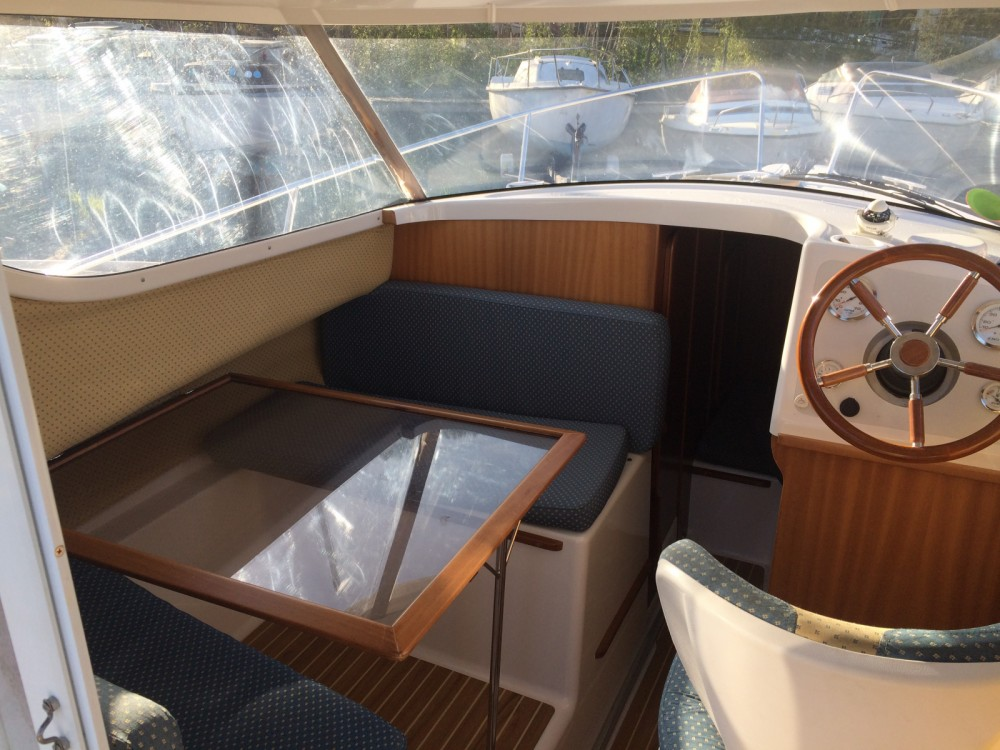 Hire Motor boat with or without skipper Quicksilver La Rochelle