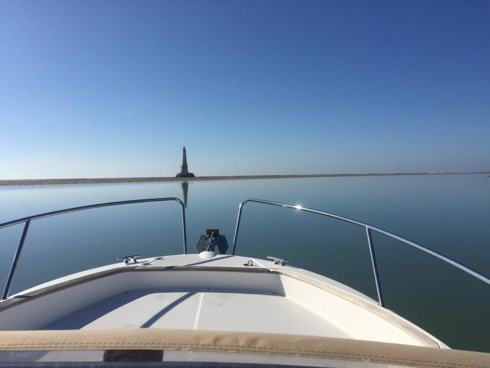 Location bateau Royan pas cher Cap Camarat 7.5 WA