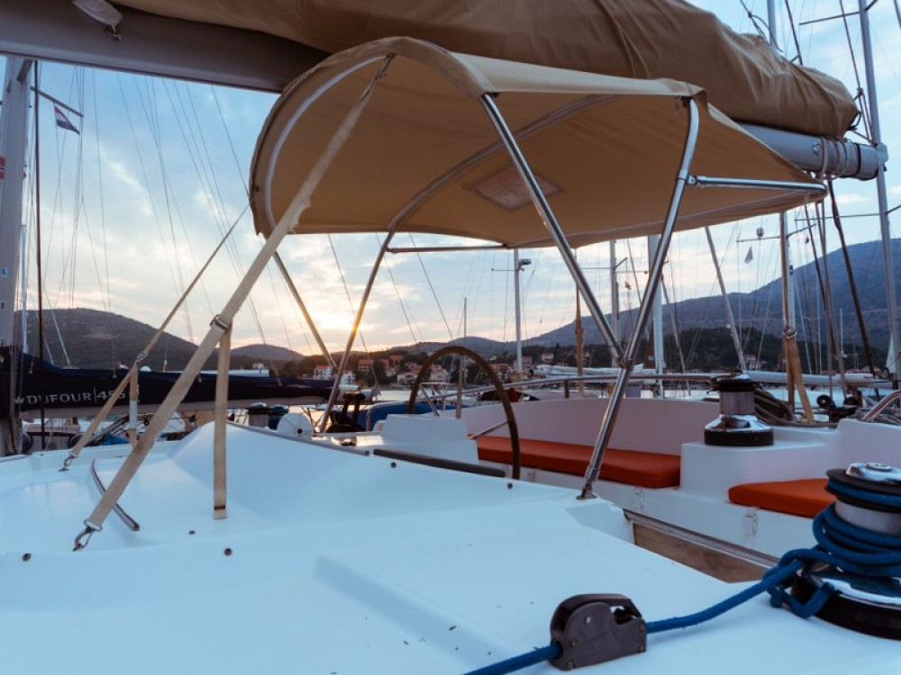 Rental Catamaran in Slano - Lagoon Lagoon 440