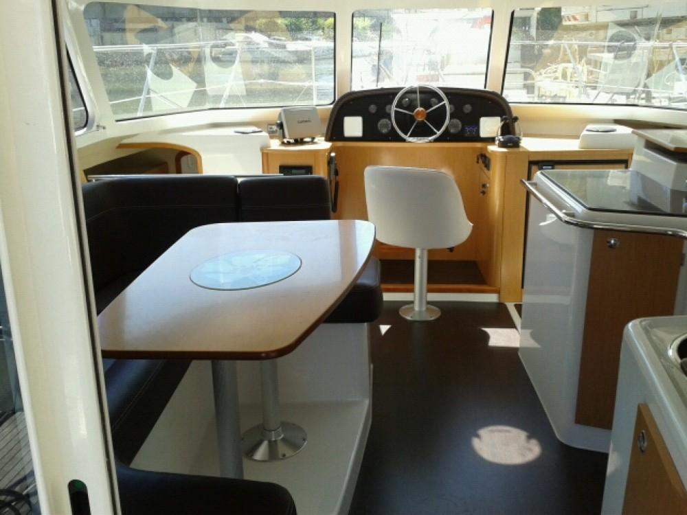 Rental yacht Gassin - Fountaine Pajot Highland 35 on SamBoat