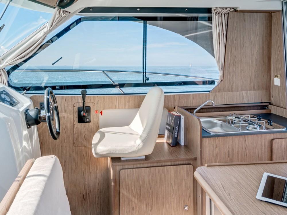 Location bateau Bénéteau Antares 8 à Marina Kornati sur Samboat