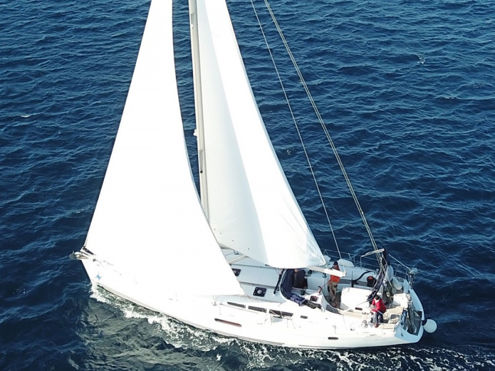 Boat rental Jeanneau Sun Odyssey 49i in  on Samboat