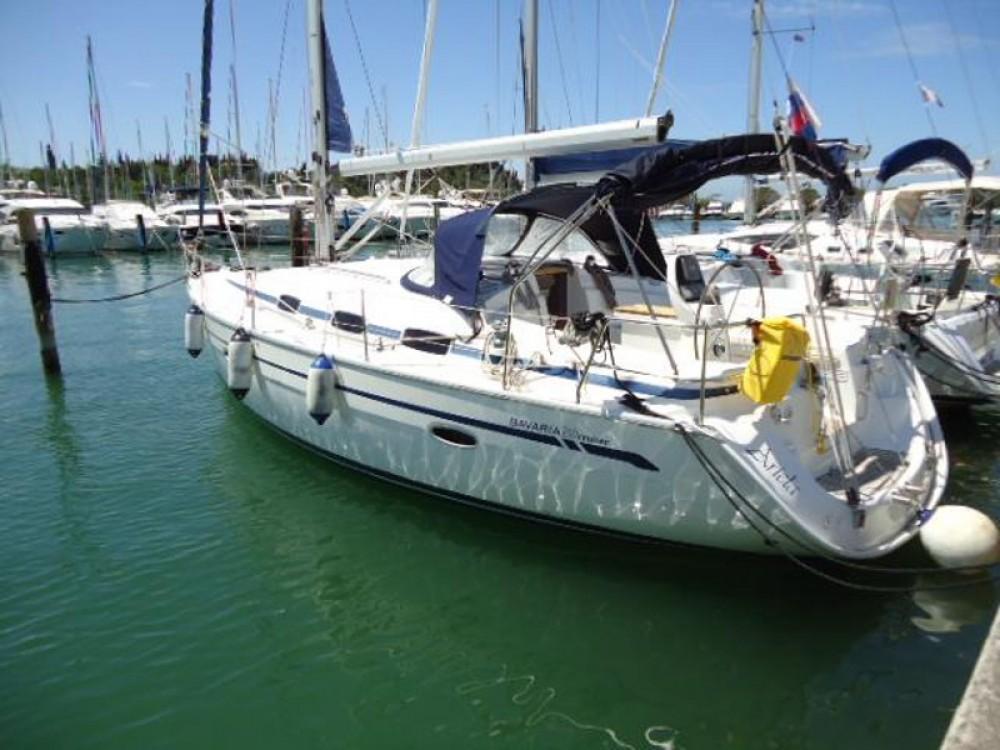Rental Sailboat in Portorož / Portorose - Bavaria Bavaria 39 Cruiser
