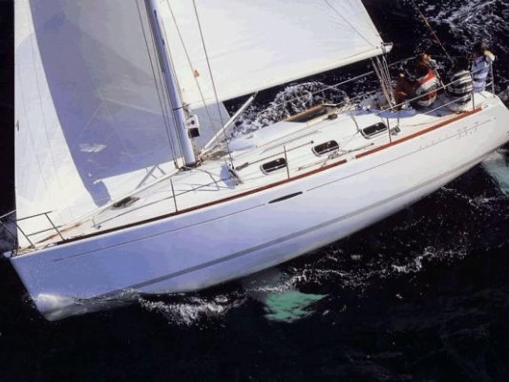 Rent a Bénéteau Oceanis 393 Clipper Áno Sýros