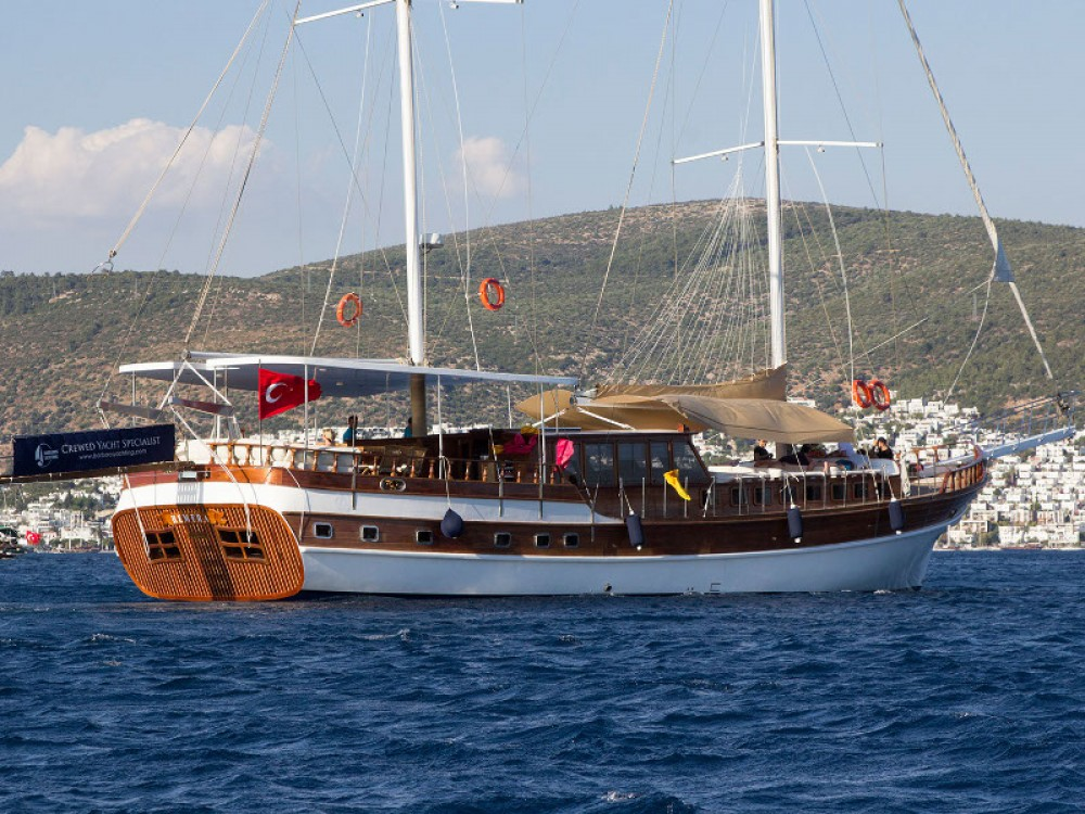 Boat rental Greece cheap Gulet Hemera