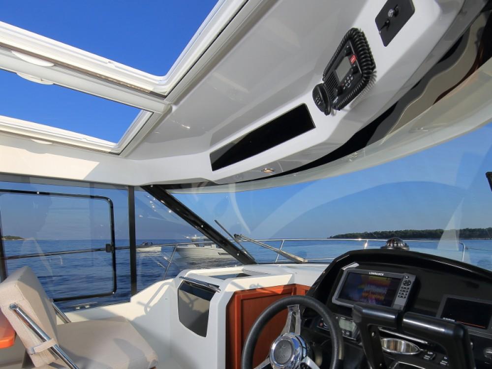 Rental Motor boat in D-Marin Borik - Jeanneau Merry Fisher 895