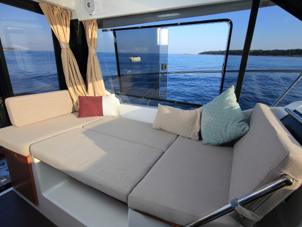 Motor boat for rent D-Marin Borik at the best price