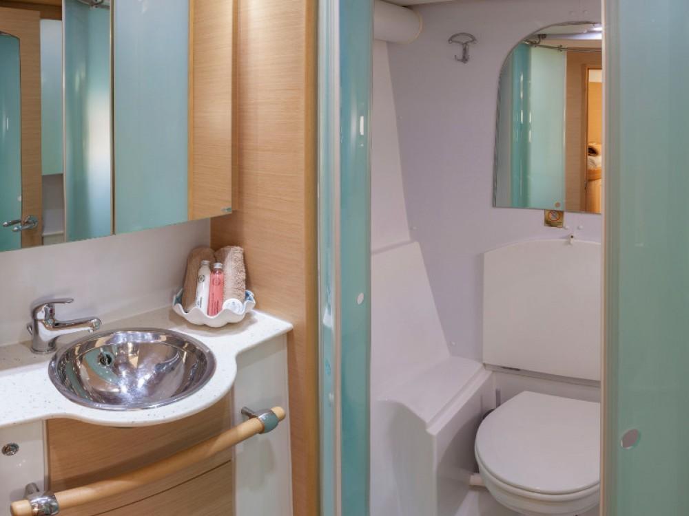 Rental yacht Alimos Marina - Lagoon Lagoon 500 on SamBoat