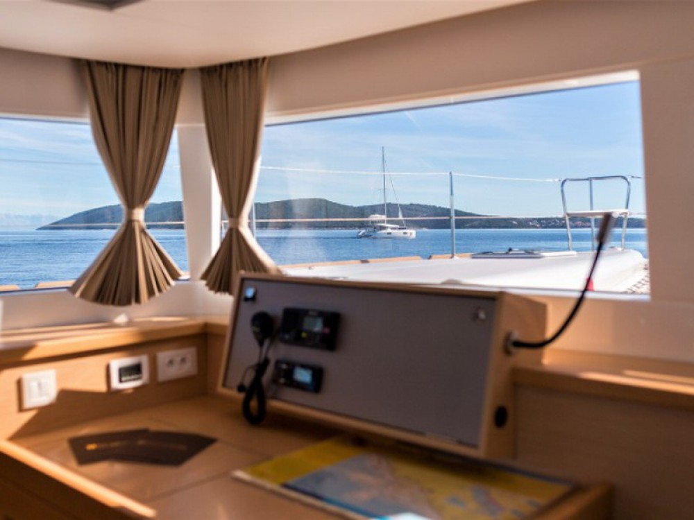 Lagoon Lagoon 450 F Luxury between personal and professional Trogir