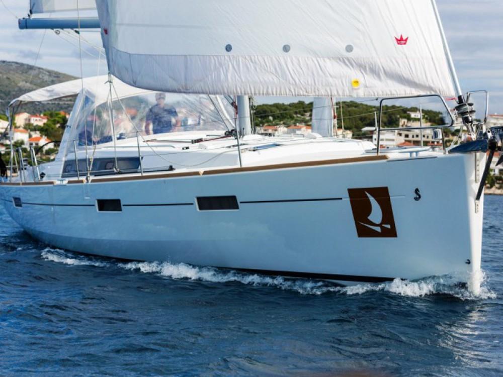 Boat rental ACI Marina Dubrovnik cheap Oceanis 45