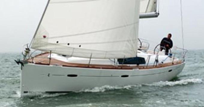 Location bateau Bénéteau Oceanis 43 à Arona sur Samboat