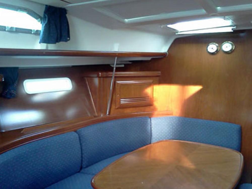 Hire Sailboat with or without skipper Bénéteau Marina Gouvia