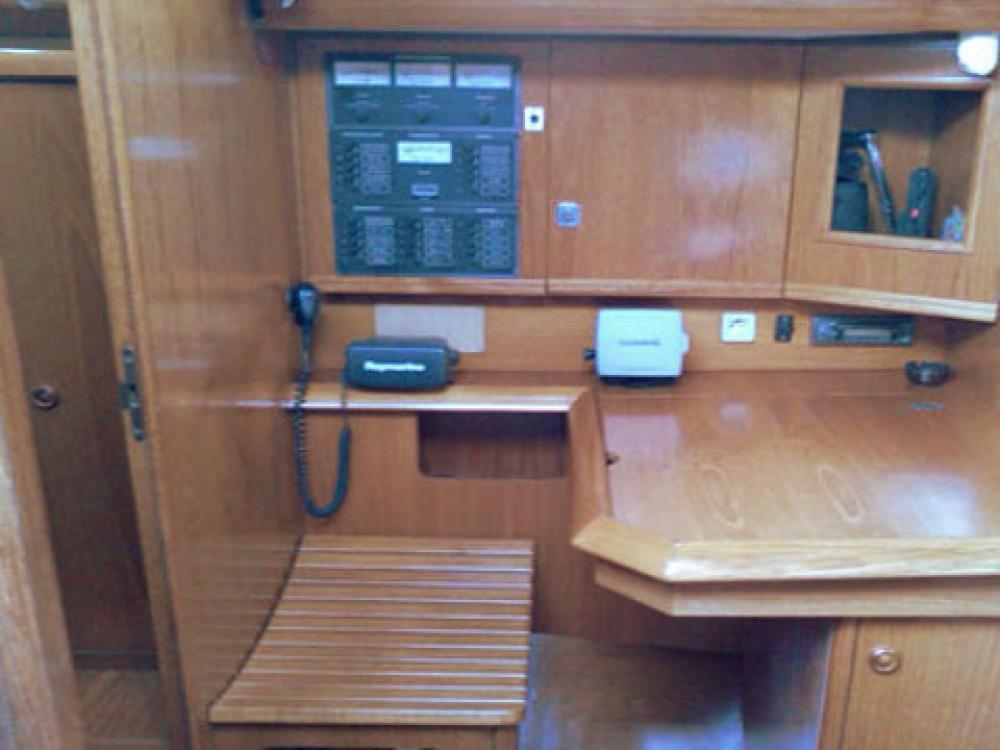 Rental yacht Marina Gouvia - Jeanneau Sun Odyssey 42.2 on SamBoat