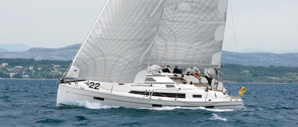 Sailboat for rent Belém at the best price