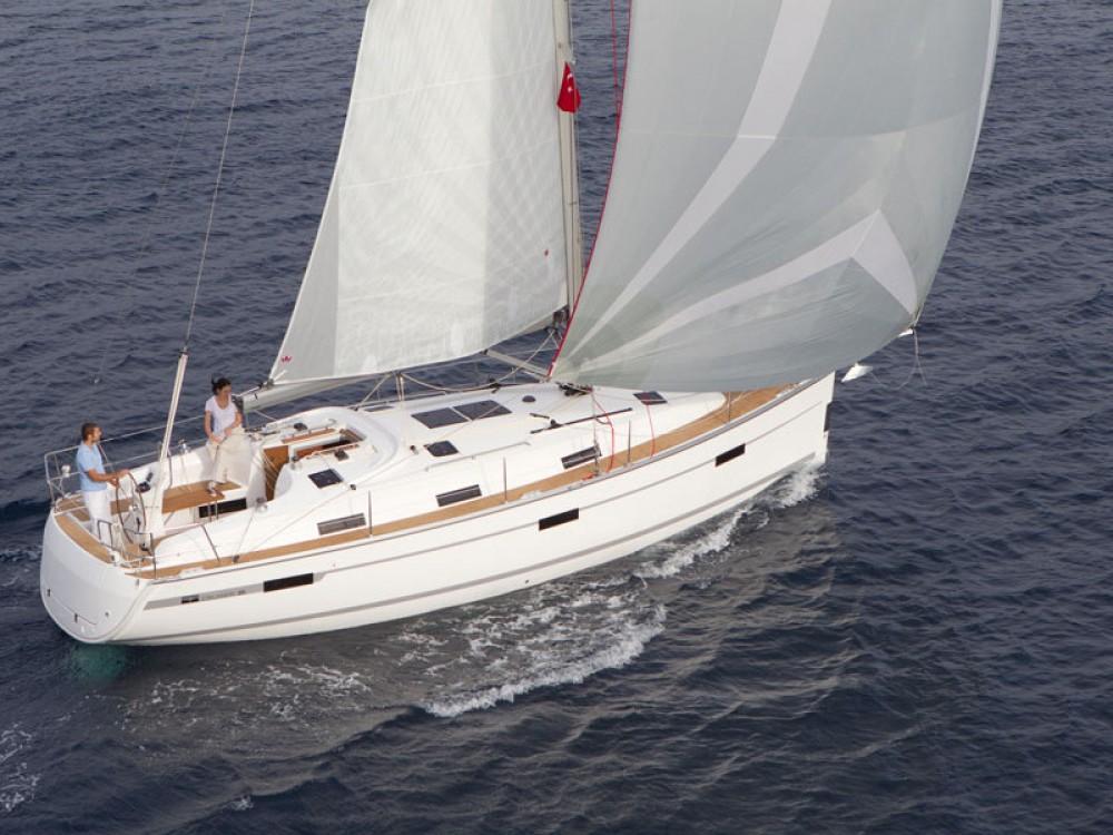 Rental yacht Belém - Bavaria Bavaria 36 Cruiser on SamBoat