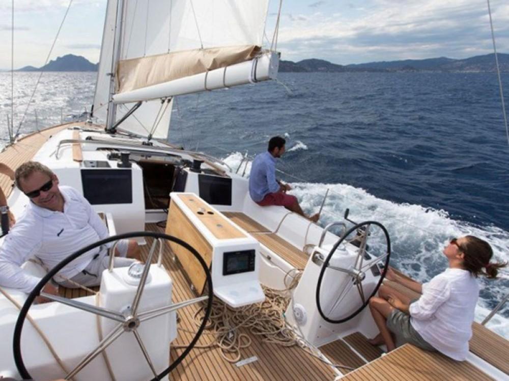 Rental Sailboat in Port de Pollença - Dufour Dufour 460 Grand Large