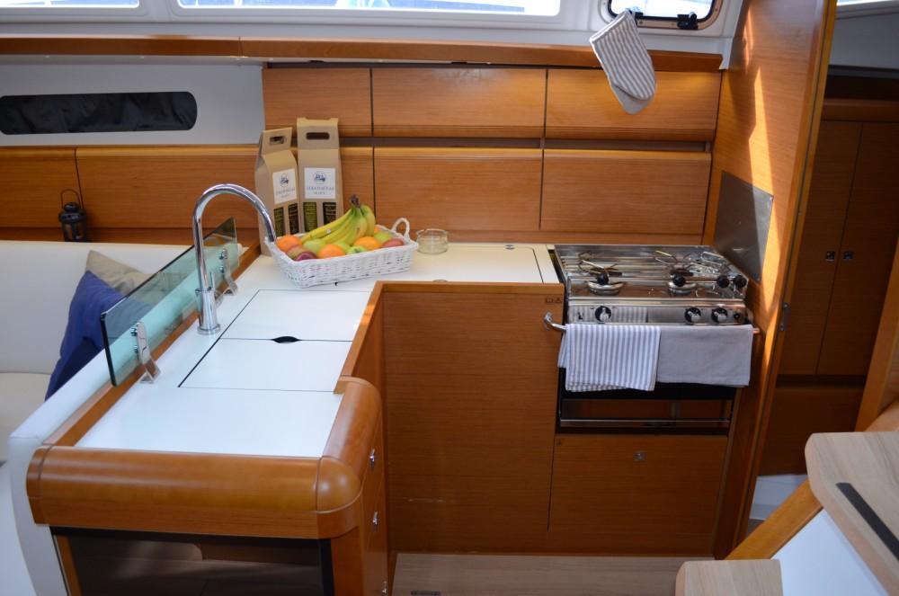 Location bateau Ploče pas cher Sun Odyssey 419
