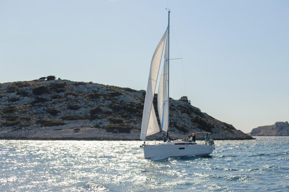 Location bateau Jeanneau Sun Odyssey 349 à Ploče sur Samboat