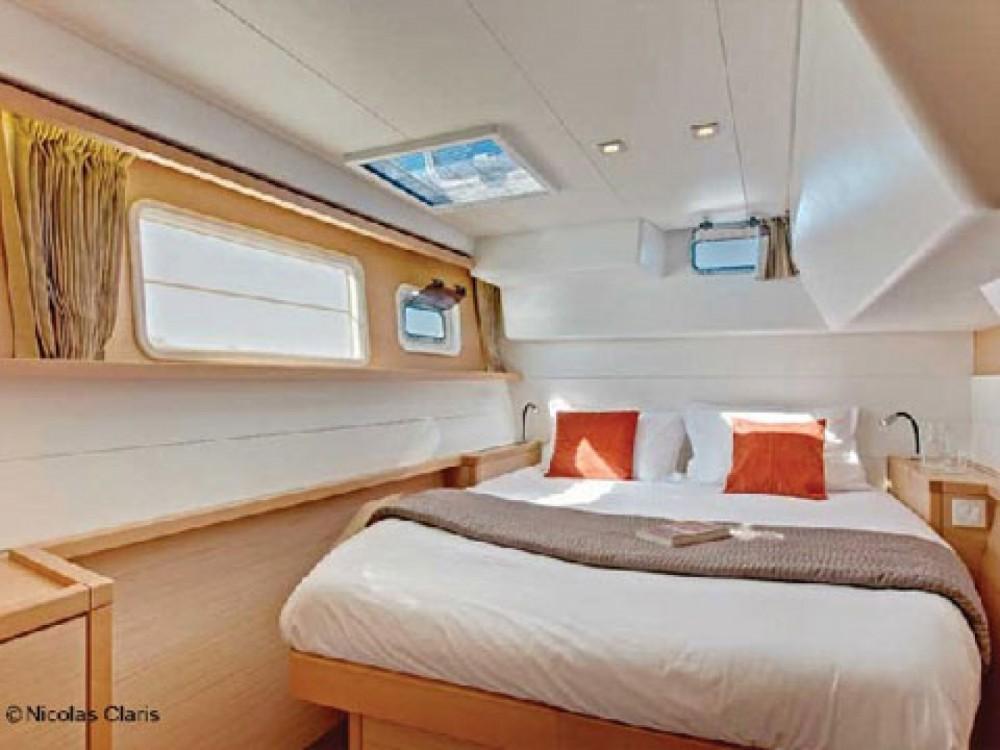 Boat rental Sint Maarten cheap Lagoon 450 Fly