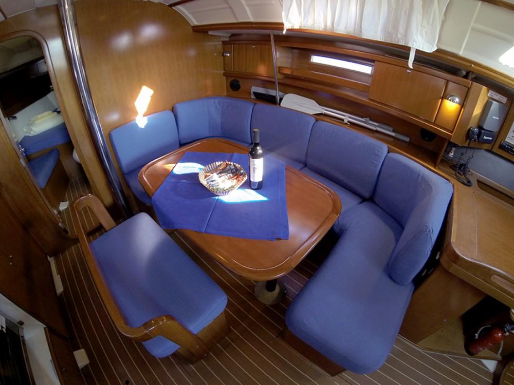 Location bateau Sibenik pas cher Dufour 385 GL